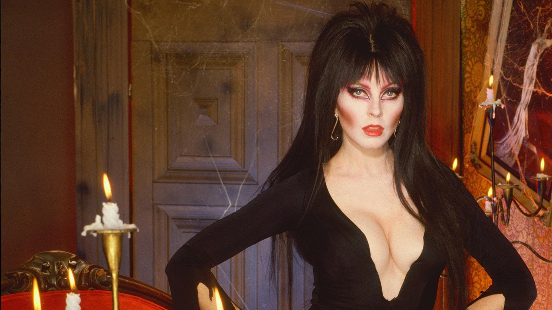Watch Elvira's Movie Macabre Online | Peacock