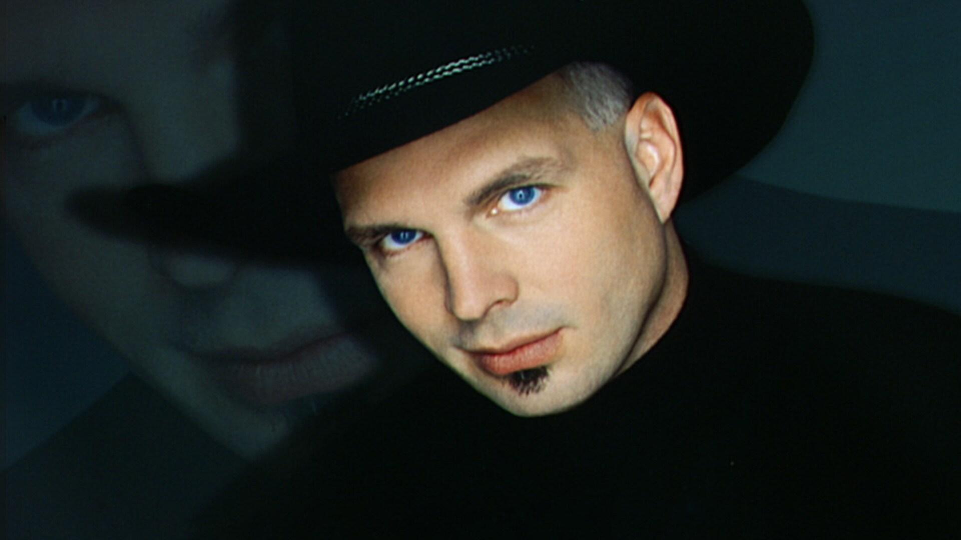 Garth Brooks: November 13, 1999