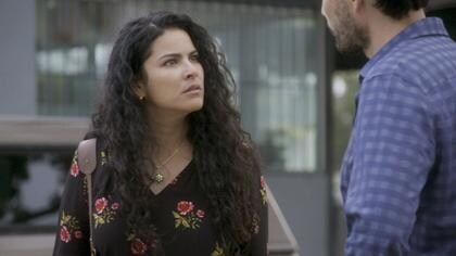 Eliza amenaza de muerte a Max