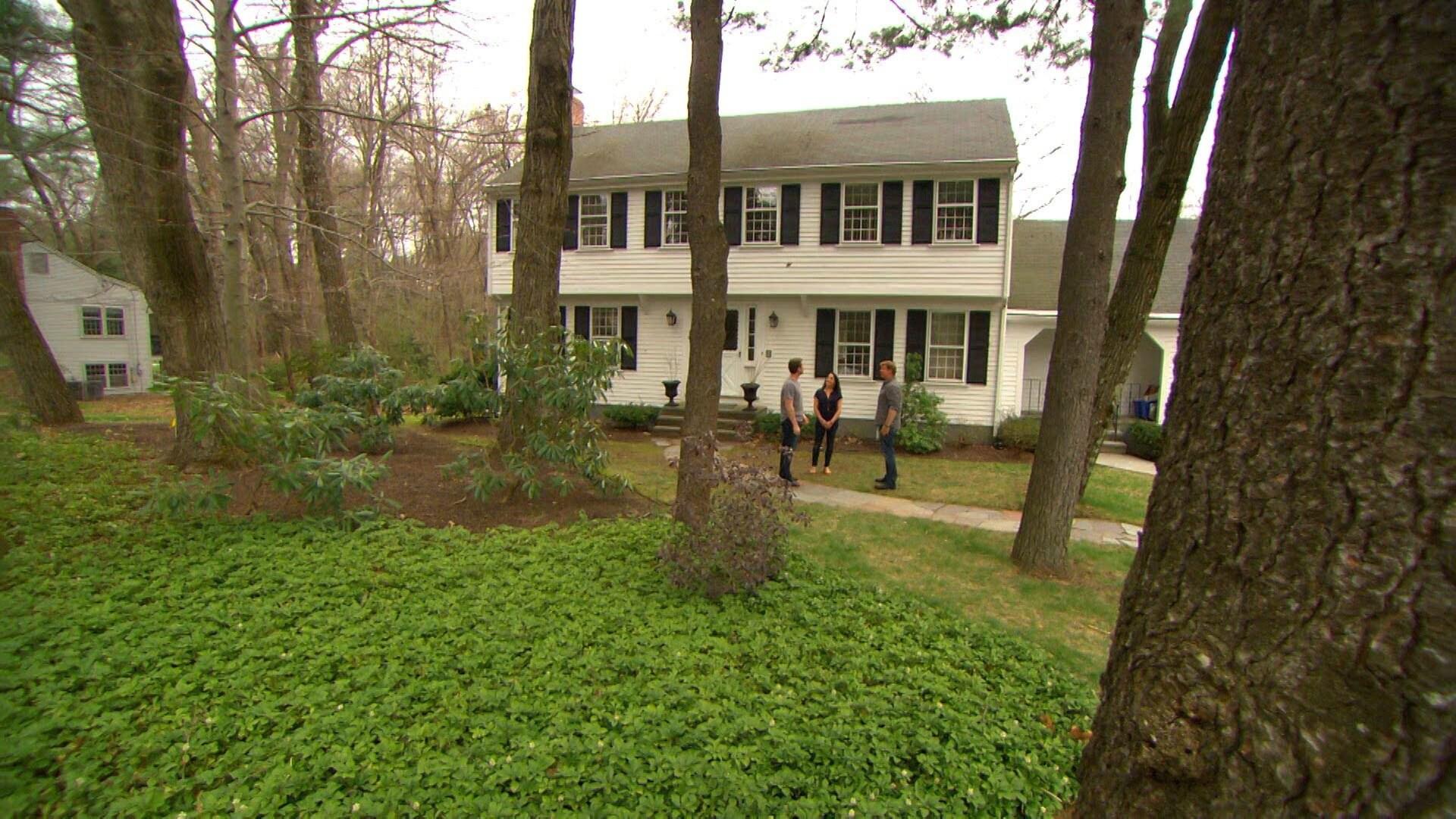 Lexington Colonial: Colonial Roots