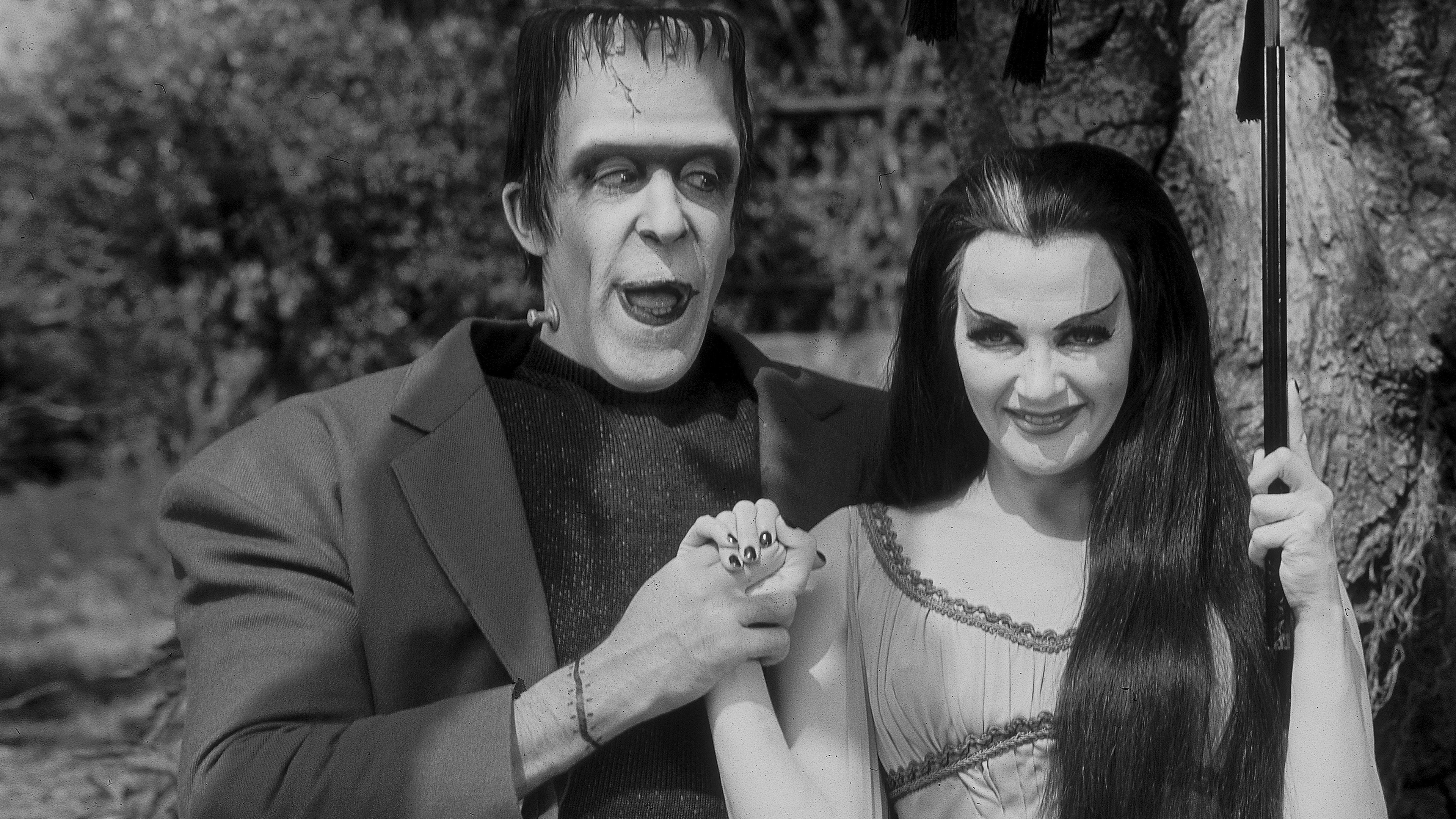 Watch The Munsters Online   Peacock