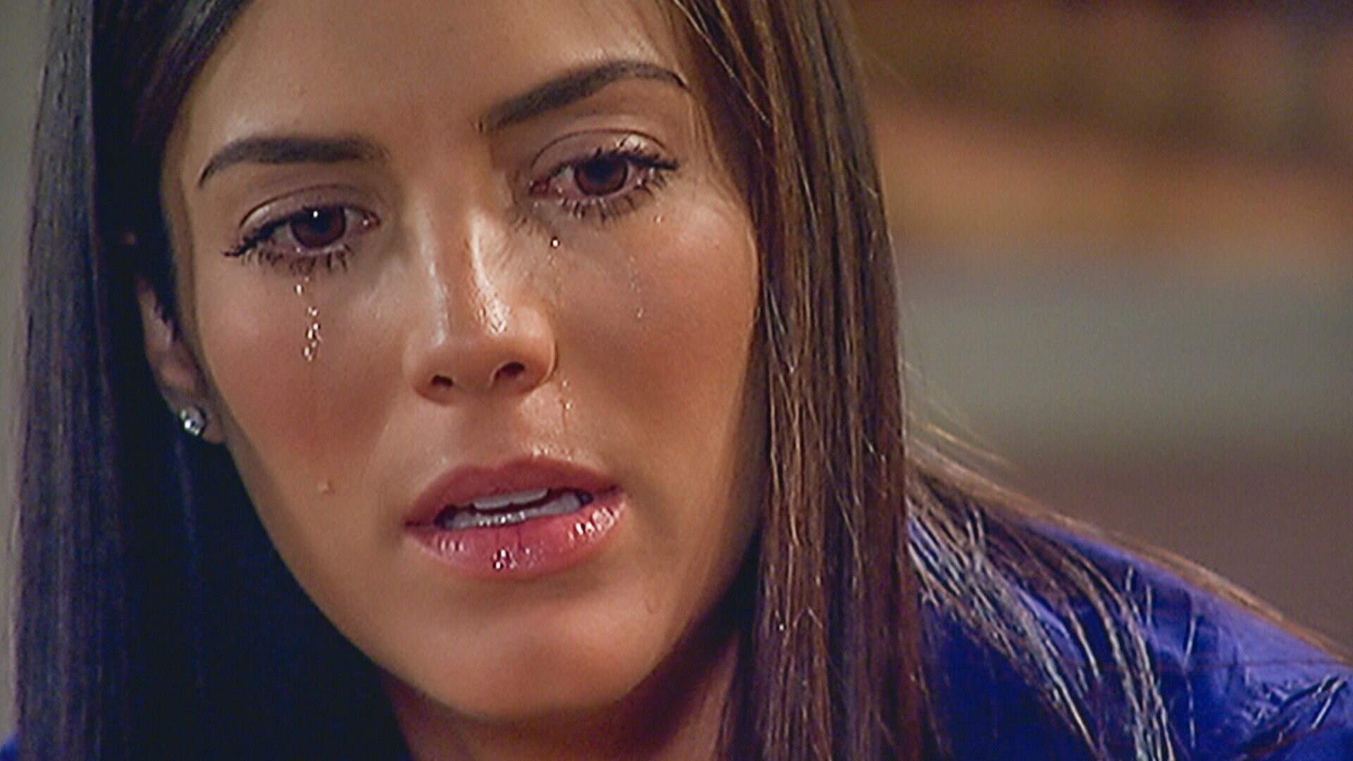 Manuela decide casarse