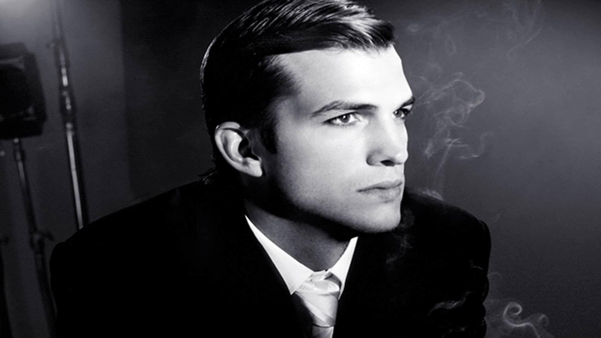 Ashton Kutcher; Gwen Stefani
