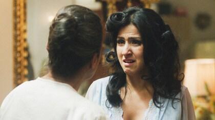 Celia sufre la muerte de su padre