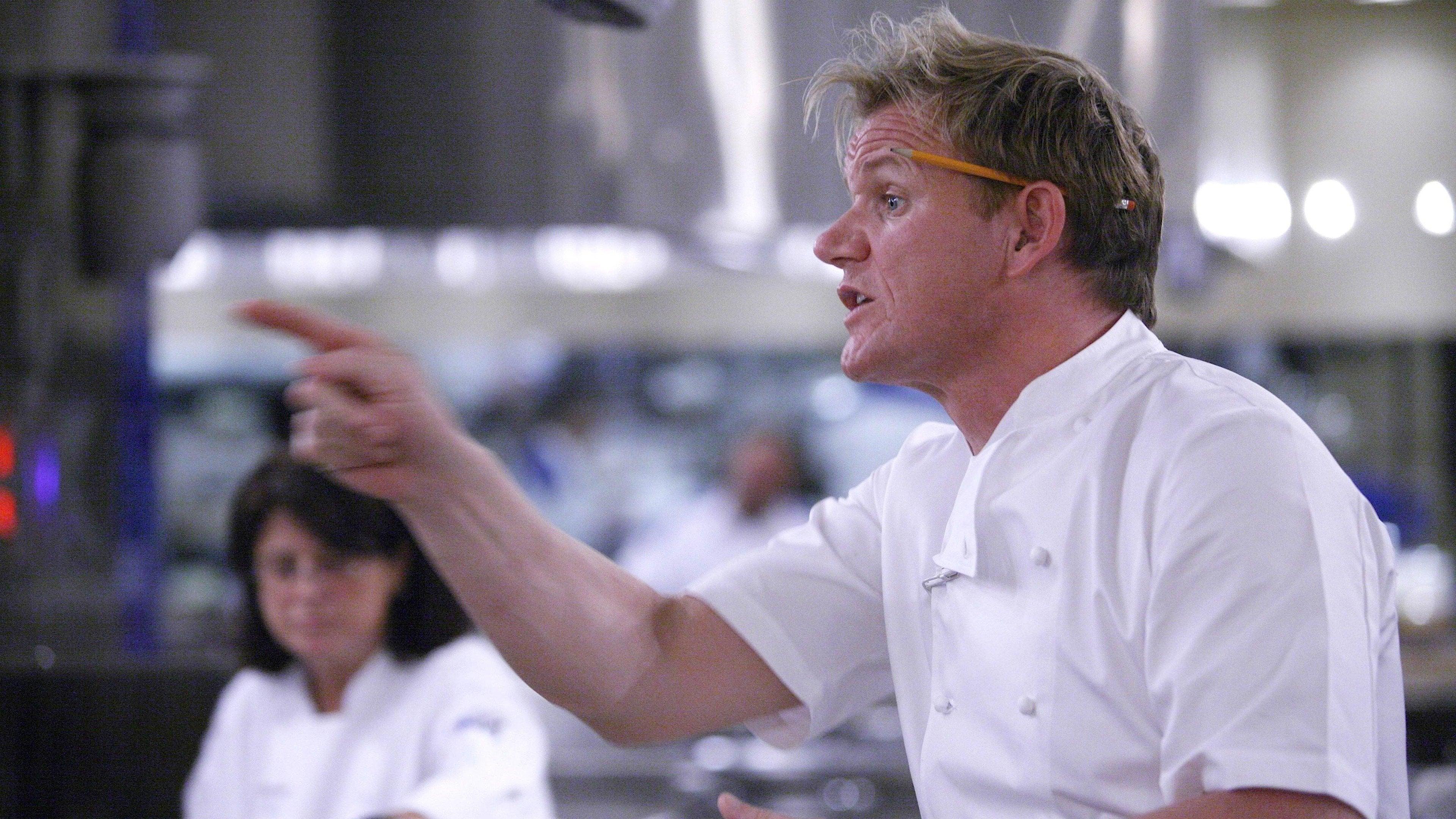 10 Chefs Compete