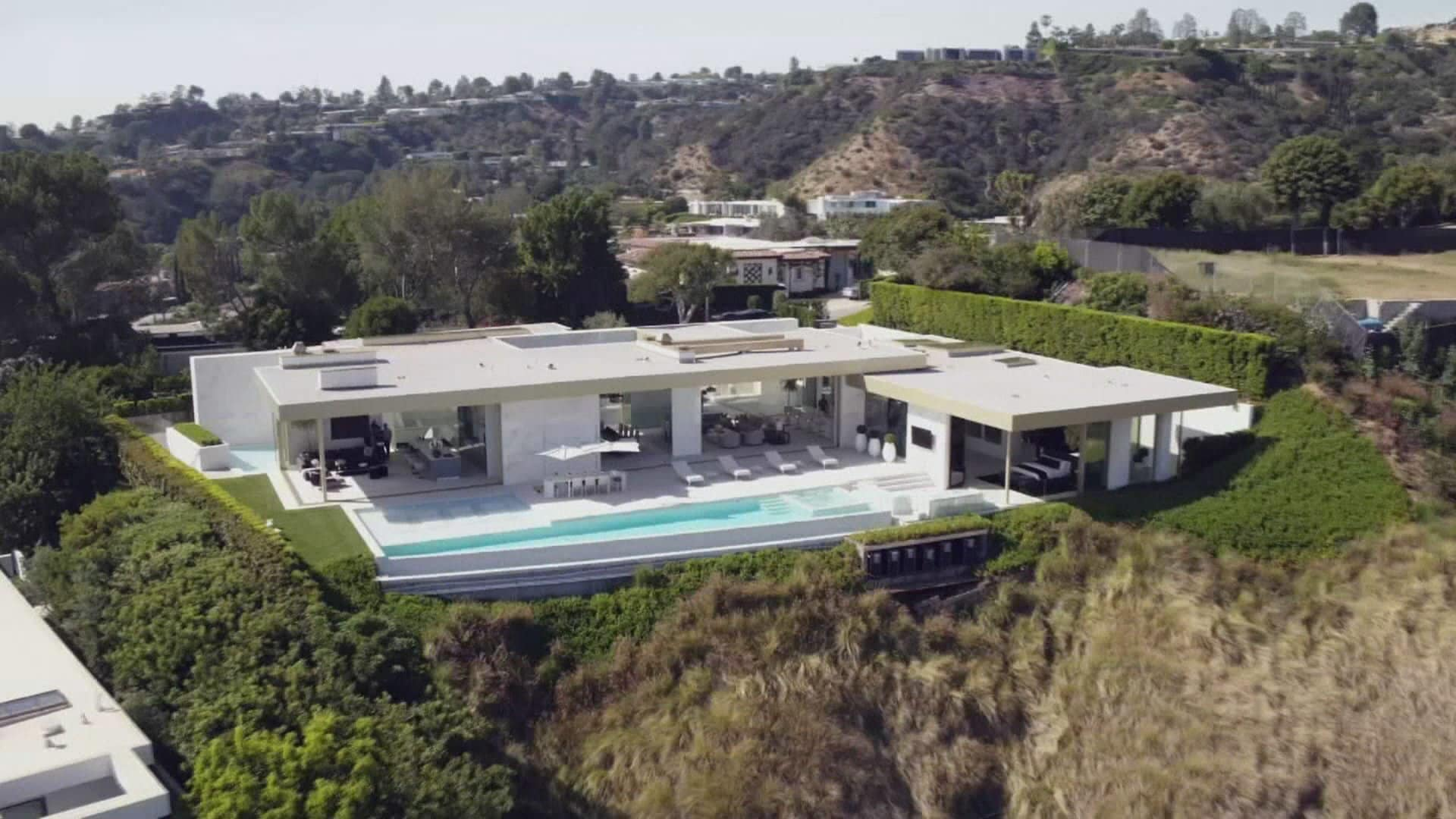Sex, Gold & the L.A. Megahome