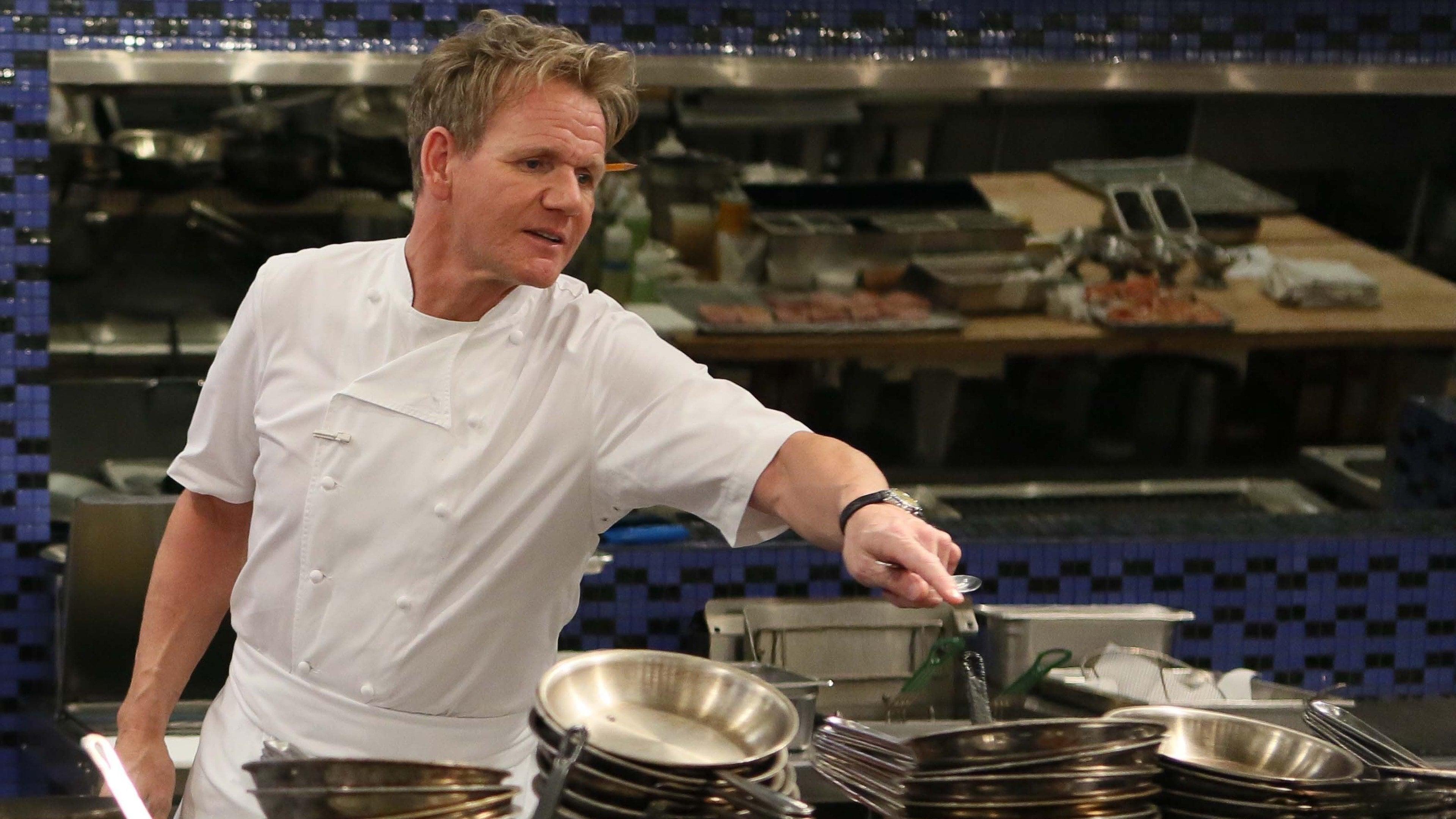 8 Chefs Compete