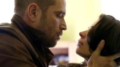 Gerardo besa a Yolanda