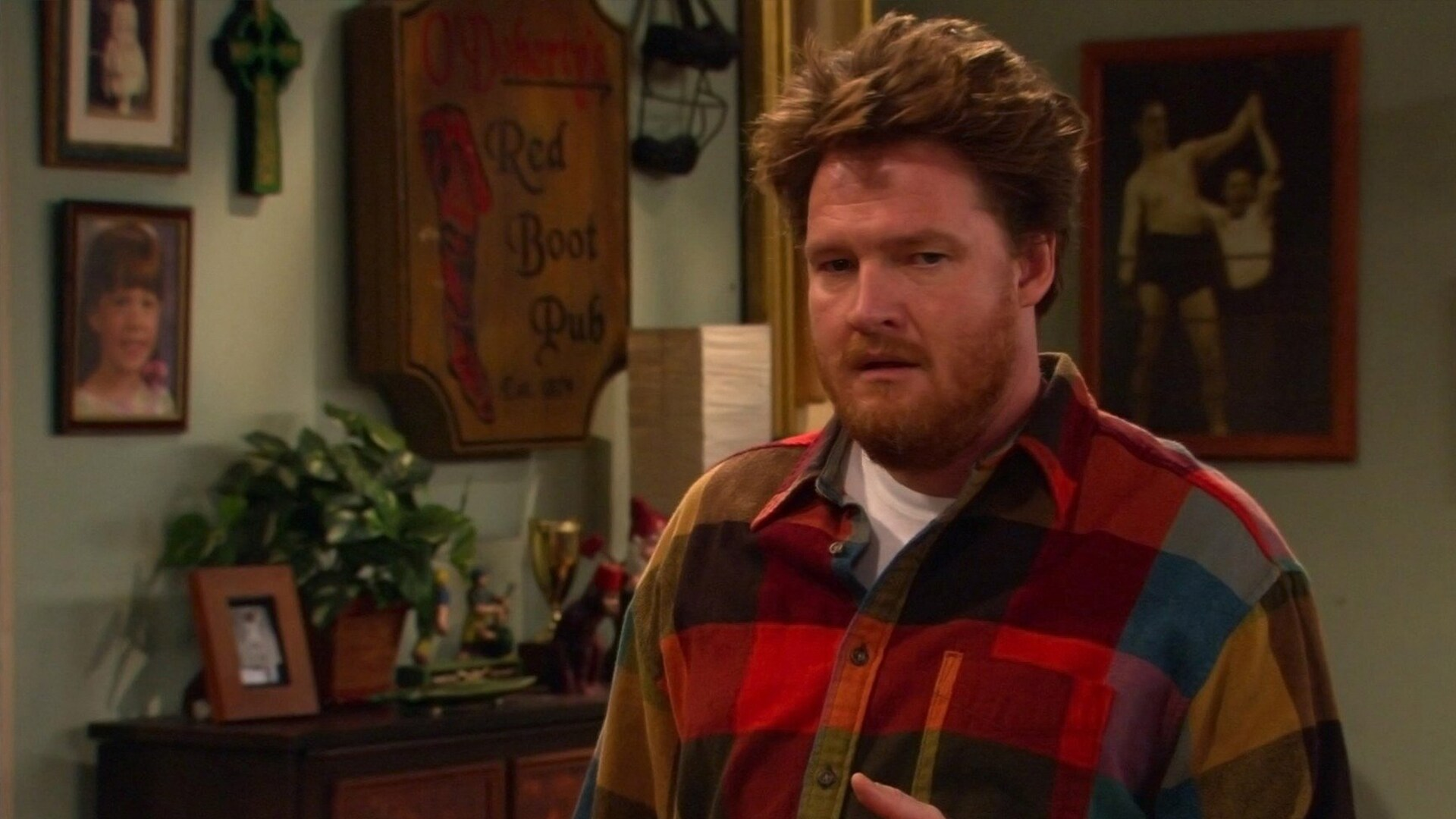 Watch Grounded for Life Online   Peacock