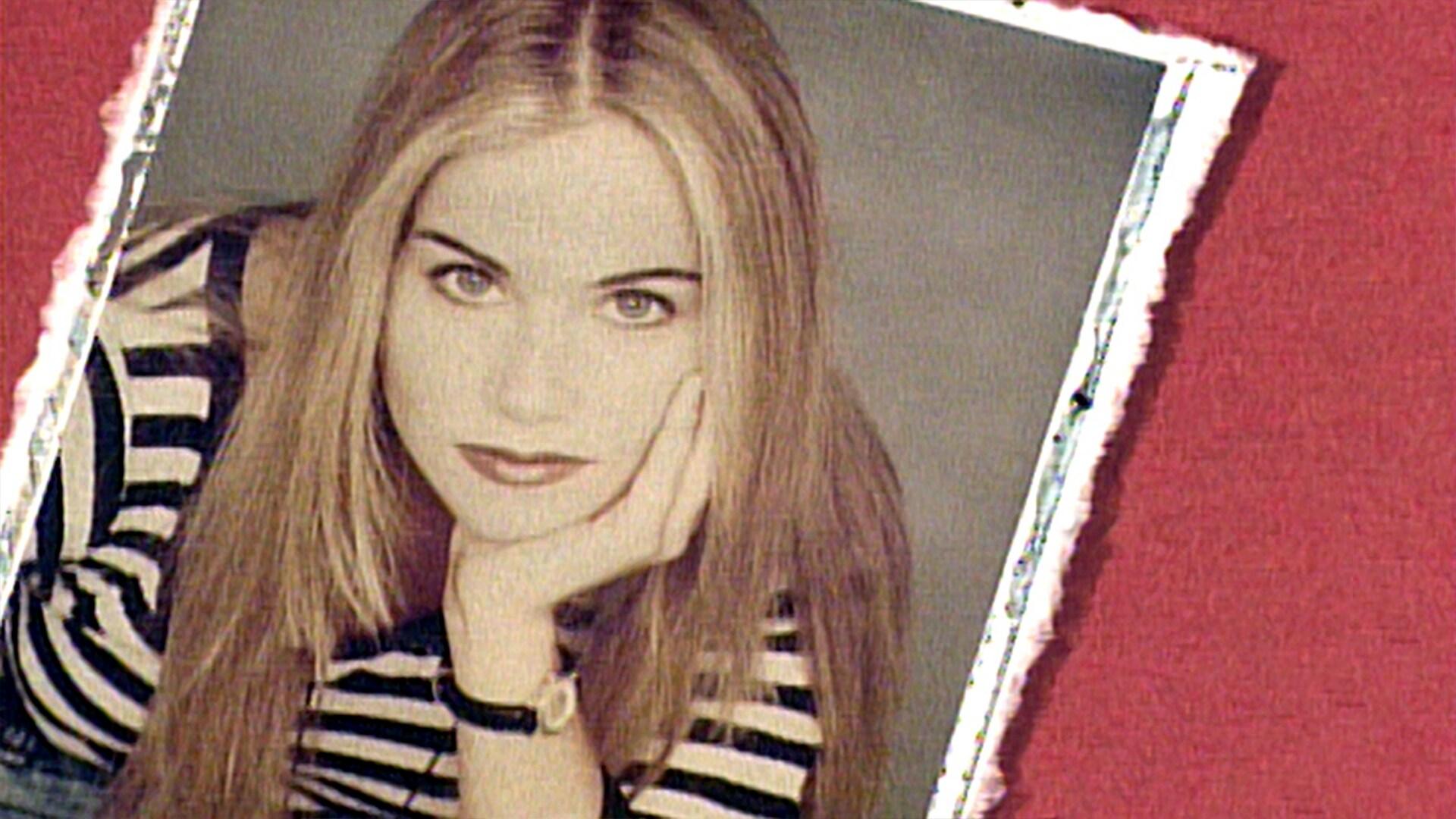 Christina Applegate: May 8, 1993